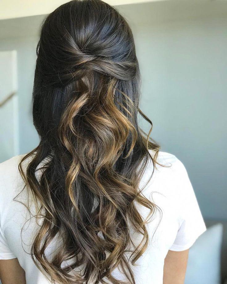 Zöpfe, halbe Frisur nach oben, Boho-Frisur, Hochsteckfrisur, Hochzeitsfrisuren #h