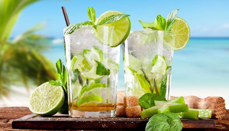 Lees hier 5 recepten voor lekkere tropische cocktails zonder alcohol, handig voor mensen die geen alcohol lusten of voor de kinderen.