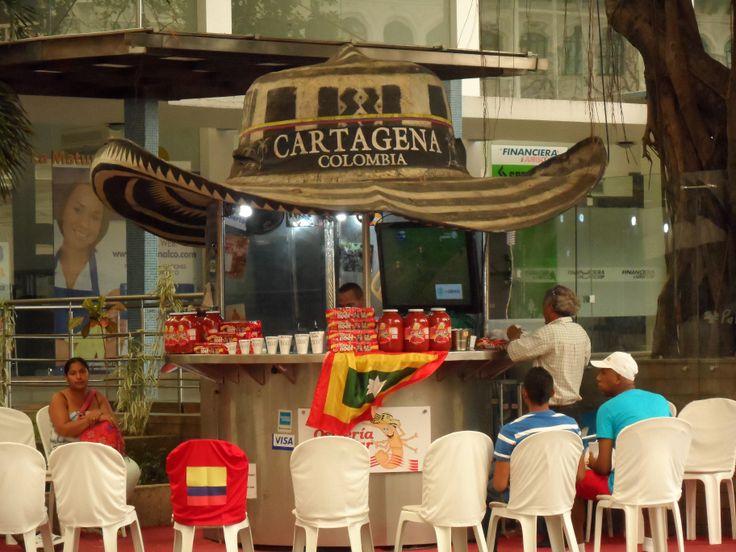 El Sombrero costeño más grande. Cartagena =)