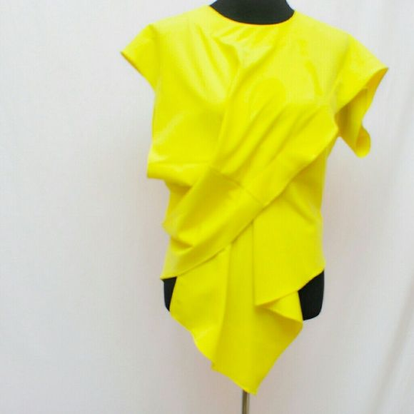 Top Neon yellow top with zippered back Gracia Tops Blouses