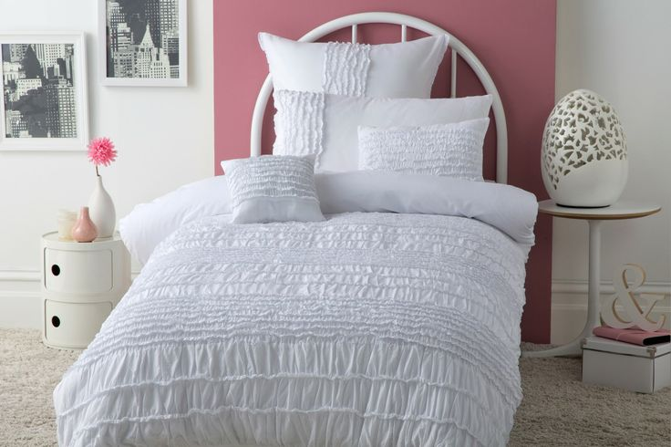 Jenni White - aimed at 6-13 years Pretty soft white design with ruffles ruffles and more ruffles… 100% Cotton voile front  225TC Cotton reverse Available in:  Quilt Cover sets- SB, DB & QB European pillowcase 65cm x 65cm 30cm x 30cm  filled Cushion 30cm x 45cm filled cushion http://store.dreamtimeaustralia.com.au/product/jenni-white