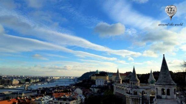 Κάποτε στη Βουδαπέστη: Εξερευνώντας το «Διαμάντι του Δούναβη».  http://www.eptanews.gr/index.php/travel/12798-kapote-sti-voudapesti-ekserevnontas-to-diamanti-tou-doynavi