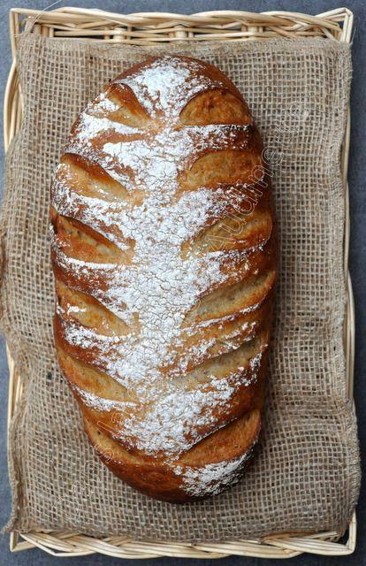 A la maison, on aime beaucoup le pain sous toutes ses formes. Les enfants préfèrent la baguette et le pain blanc mais le zhom et moi essayons de manger un peu plus de pain semi complet ou de pain complet, plus rassasiant. Petit rappel sur les farines...
