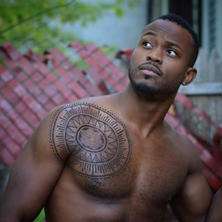 *singing praises for the Lord loudly* | Men Are Wearing Body Henna Because GOD'S GENEROSITY KNOWS NO BOUNDS
