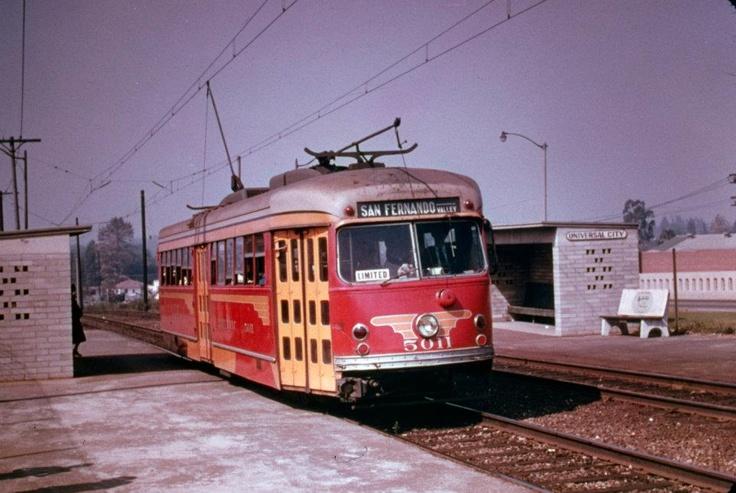 San Fernando Valley Line. P.C.E. 5011 on Fan Trip at Universal City, 10/19/52. — at San Fernando Valley