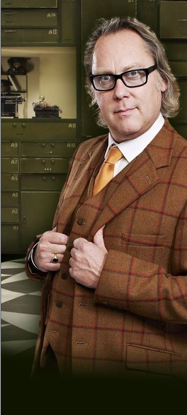 Vic Reeves looking very sharp in his Holland Cooper three piece for the BBC