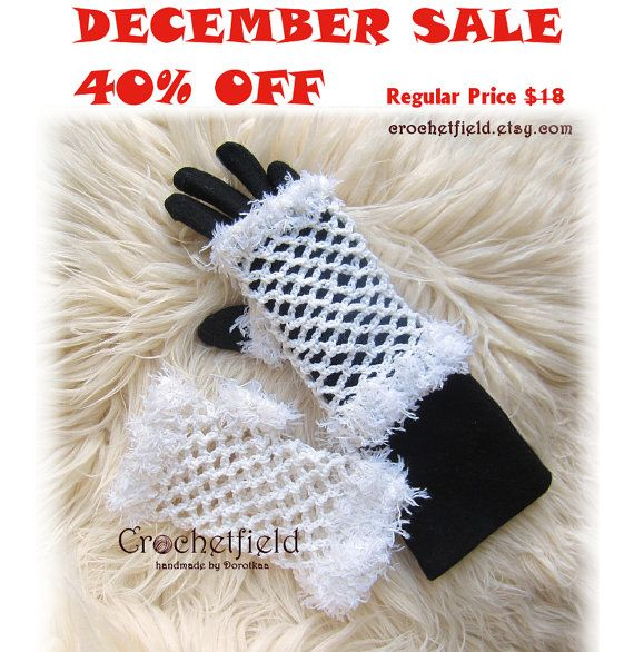 December Sale 40% OFF White Crochet Mittens by Crochetfield