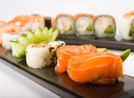 10 Best sushi restaurants in Manhattan: http://www.sheknows.com/living/articles/988949/10-best-sushi-restaurants-in-manhattan