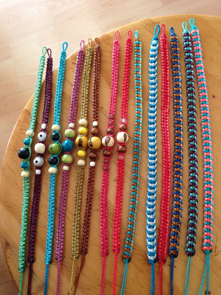 117 best images about pulseras on pinterest macrame diy - Manualidades con hilos ...