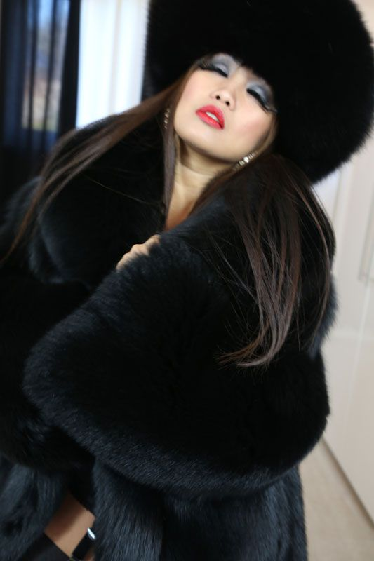 17 Best images about Black fox on Pinterest   Coats, Sexy ...