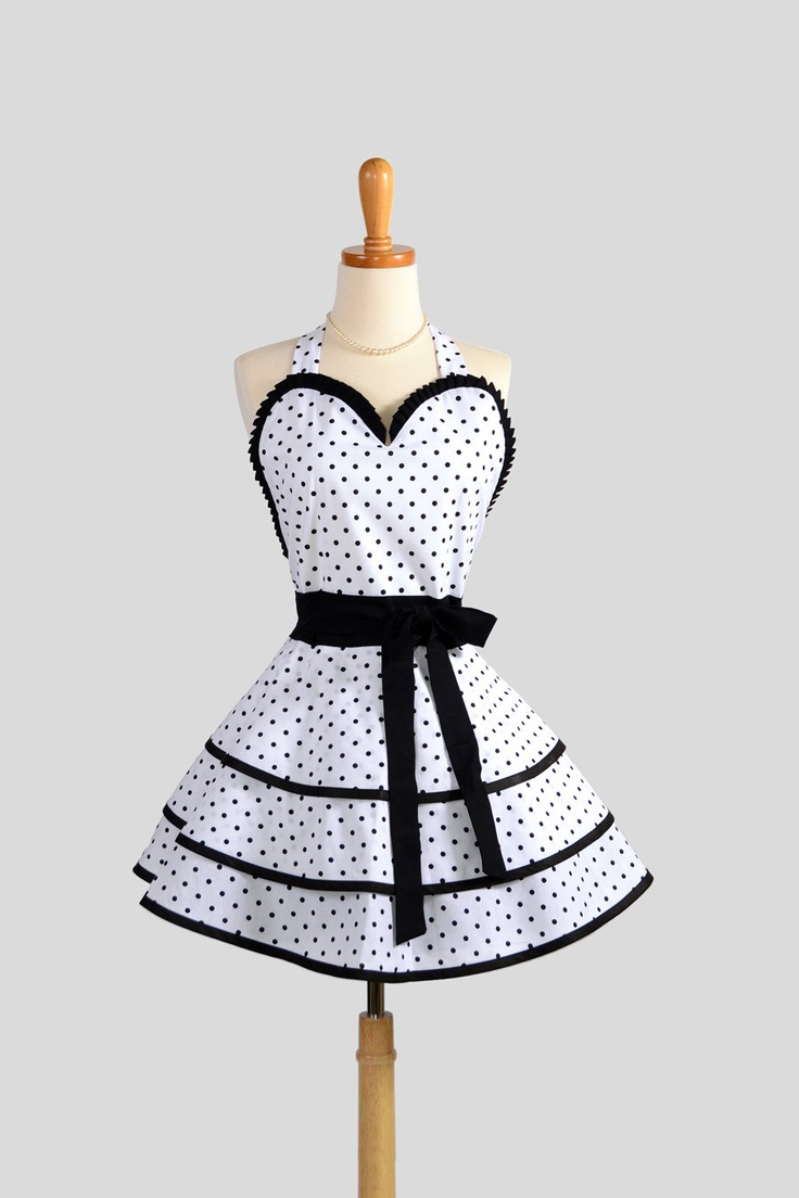 Retro Pinup Apron : Flirty and Cute White  Black Polka Dot Sweetheart Apron in Vintage Style Full Skirt.