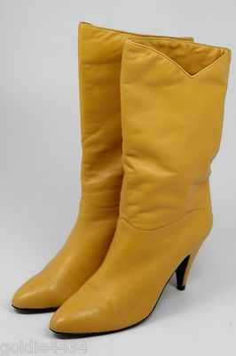 """VTG 1980s MISTER Shoes Women's Riding Style Leather Boots 3"""" Heels Yellow ~ Great colour, yucky heel"""