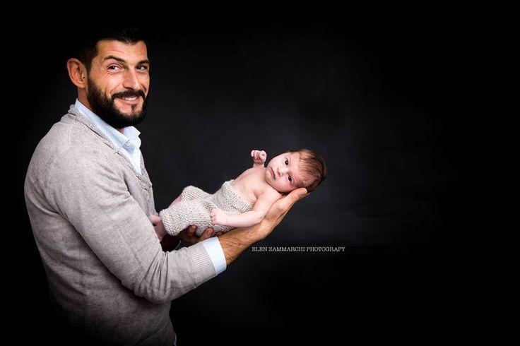 Essere sangue dello stesso sangue #elenzammarchi #familyphotographer #newbornphotography