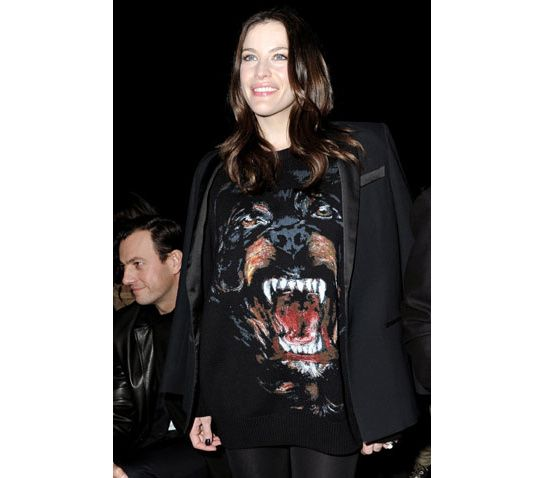 Liv Tyler with her Givenchy Rottweiler sweater.  Shop at #montaignemarket