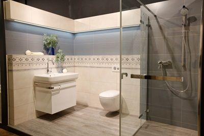 Veľkoformátový obklad Creata D Wall rozmeru 30,5 x 72,5 cm je ideálny do modernej kúpeľne. Obklad sa vyrába v 6 nádherných farbách - claire (biela), amande (béžová), mistral (svetlohnedá), muscade (tmavohnedá), belaine (modrá), aqua (tyrkysová).