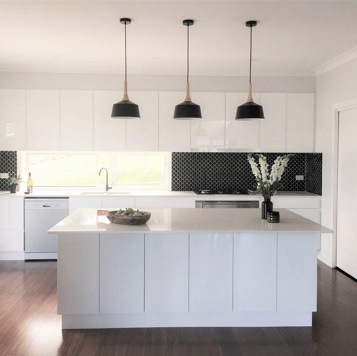 Amber Tiles Kellyville: pinned from instagram. Kitchen splashback, black mosaic splashback #kitcheninspiration #splashback #mosaic #ambertiles #ambertileskellyville
