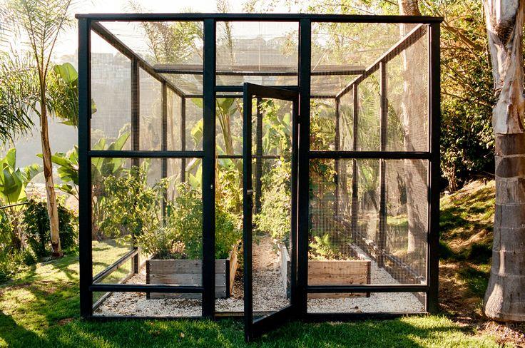 How to Design a Gorgeous Edible Garden Photos | Architectural Digest