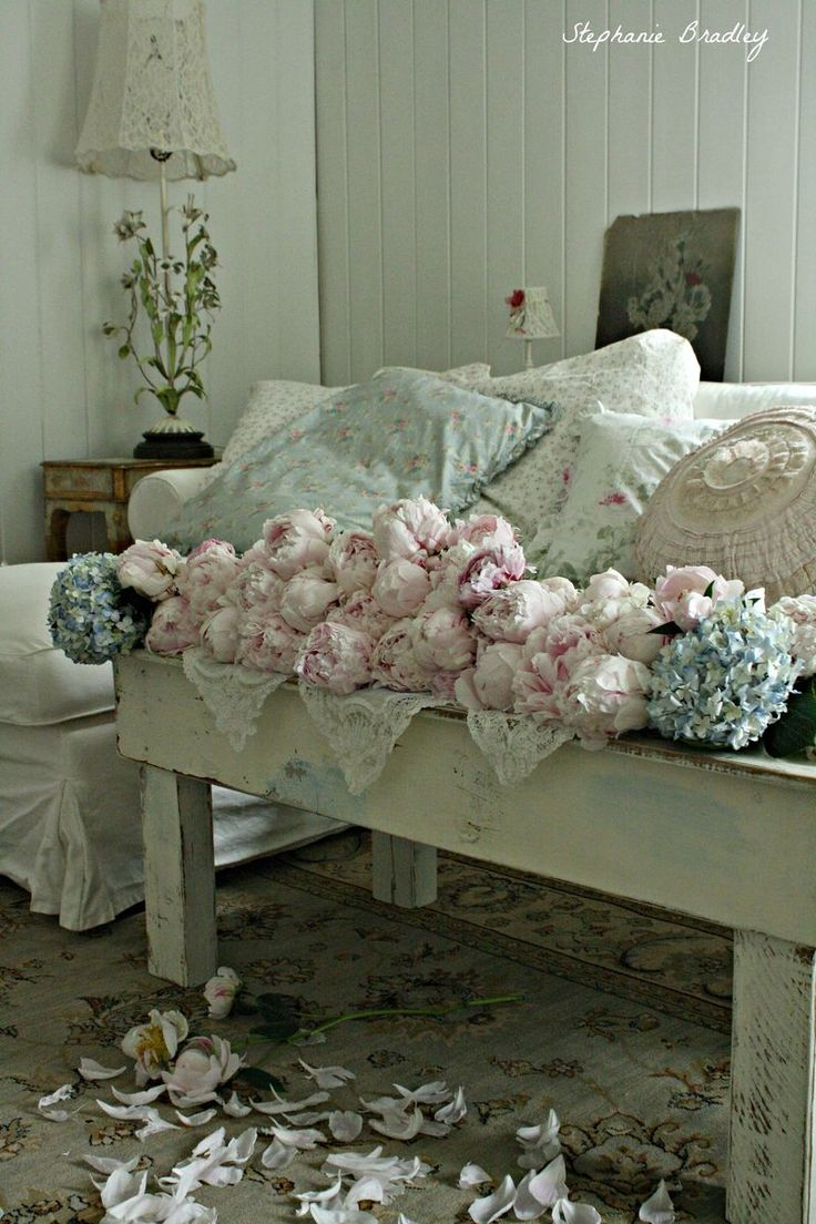 picture 5298 shabby chic romantic country prairie cozy. Black Bedroom Furniture Sets. Home Design Ideas