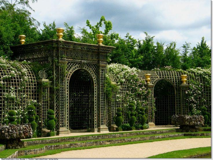 Oltre 1000 idee su les jardins de versailles su pinterest - Jardin du chateau de versailles gratuit ...