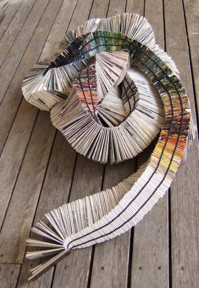 rainbow serpent book - LOL - I like this, but honestly, chances of achieving finesse are very slim - The other folded book ideas are very cool too, although not as convoluted as this -