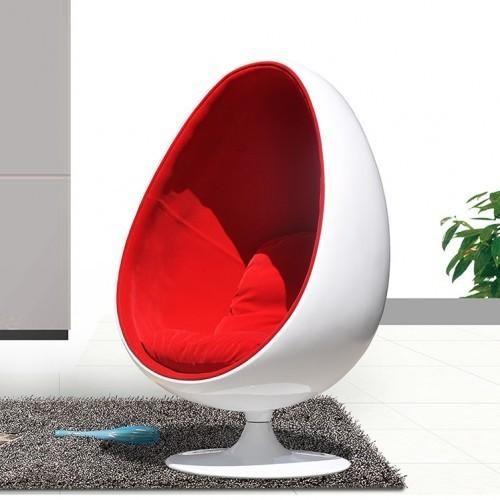 #Design unico e moderno. La nostra Egg Chair è davvero invidiabile! #arredamento #interiordesign