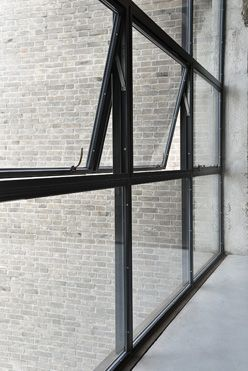 Best 25 steel windows ideas on pinterest steel doors for Steel windows