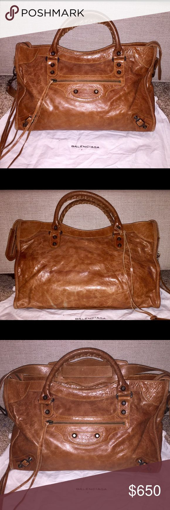 Balenciaga Classic City - 2009 Automne Gorgeous 2009 Balenciaga Classic City. Beautiful shade of caramel (automne). I don't have the opportunity to switch out my purses as often as I'd like, so this baby has been stored in its dust bag waiting for some love. Don't let this get away for a great bargain! I also have the matching wallet!  Features:  Hand stitched handles Removable shoulder strap Top zip closure Aged brass hardware Leather tassel zipper pull Front zip pocket Interior zip pocket…