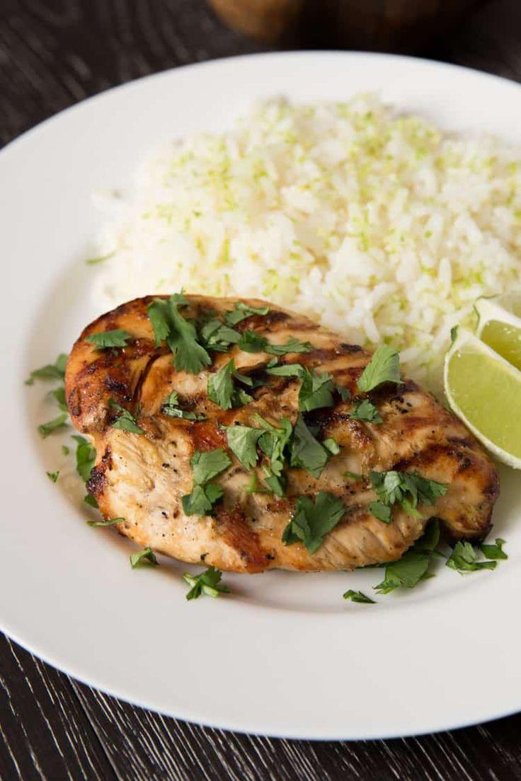 Bringen Sie neues Leben in einfache Hühnerbrust mit diesem Thai Coconut Lime Hühn …