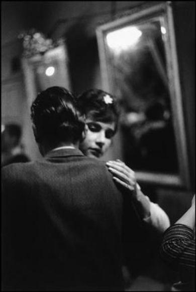 """Valparaiso. Bar """"Seven Mirrors"""" Chile, 1963, Sergio Larrain. Chilean, born in 1931.  Original from  © Magnum Photos   (Source:  EL ALMIRANTE RUINA  )"""