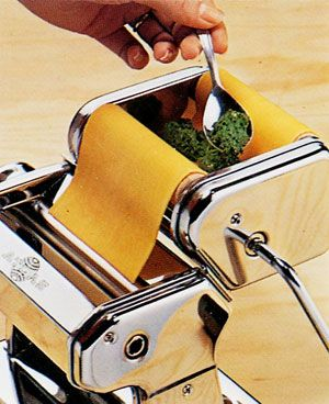How to Use the Marcato Raviolissima Ravioli Attachment for the Atlas 150 Prepare the sheet of dough with the Atlas Pasta Machine, making sure that you pass it for the last time through setting 5 as…