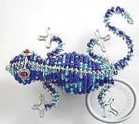 Gecko made with wire & Zulu beads