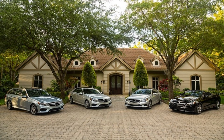 My ideal driveway. That house rocks too!