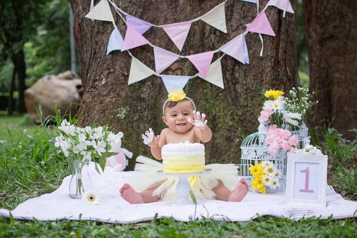Smash the cake http://forestifotografia.com/portfolio/smash-the-cake/