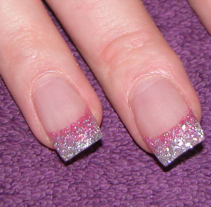 1000+ Ideas About Pink Glitter Nails On Pinterest