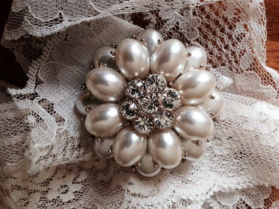 Lovely Pearl and Rhinestone Floral Style Brooch by 4Seas on Etsy, $22.00