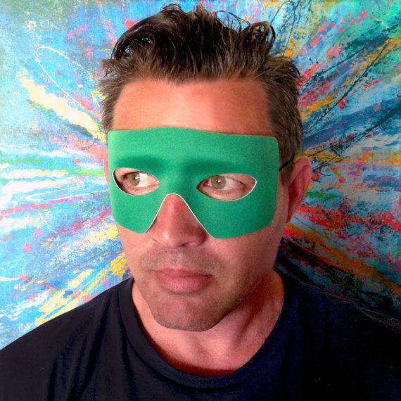 Máscara de linterna verde. Hecho a mano en USA