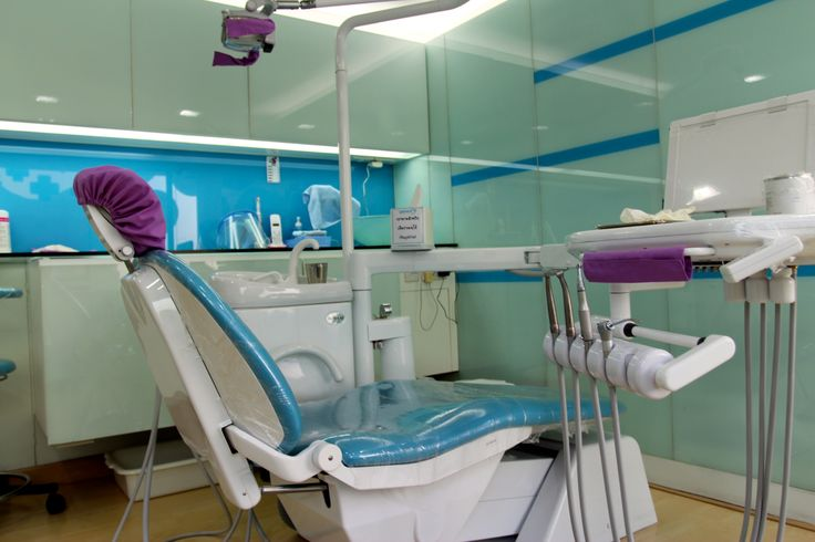 @Nä Chobthum Dental Clinic is located in Thailand's Chiang Mai and provides a high-quality, affordable range of dental care for the whole family.