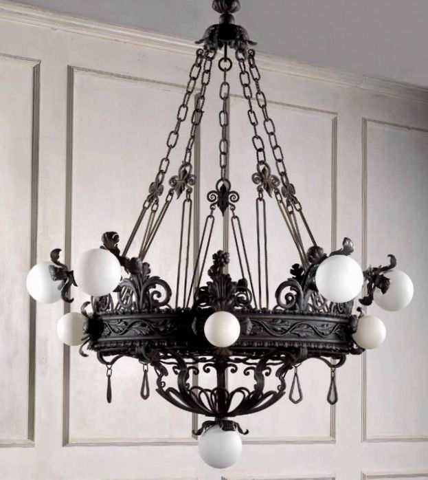 lustre typique des ann es 3o fabrication traditionnelle en fer forg appliques assorties. Black Bedroom Furniture Sets. Home Design Ideas