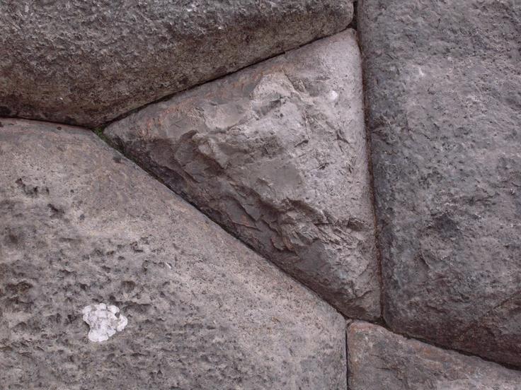Peruvian stonework as Sacsayhuaman