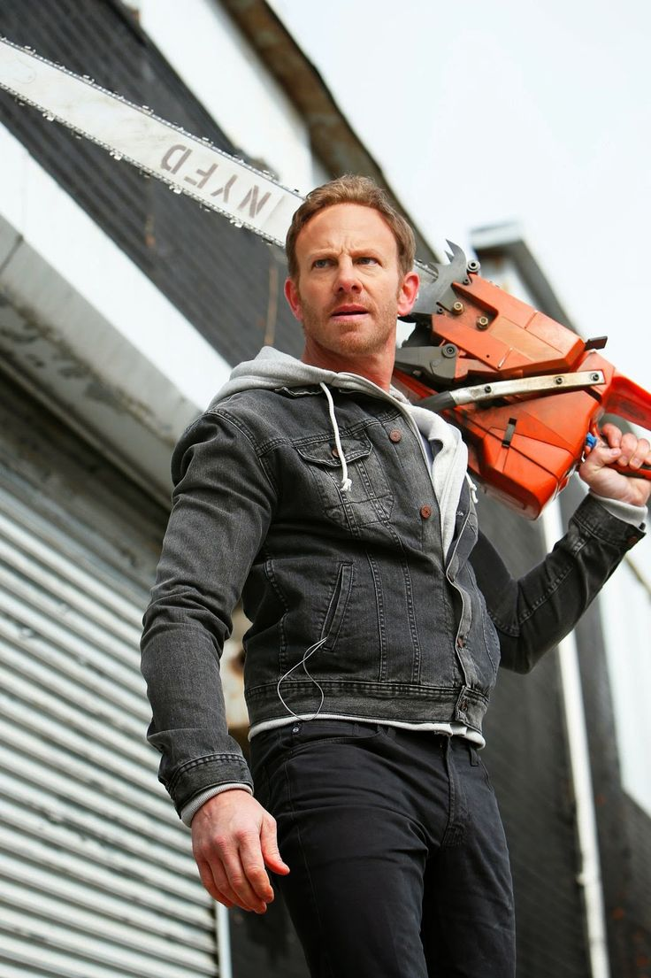"Chatter Busy: ""Sharknado 2: The Second One"" Trailer"