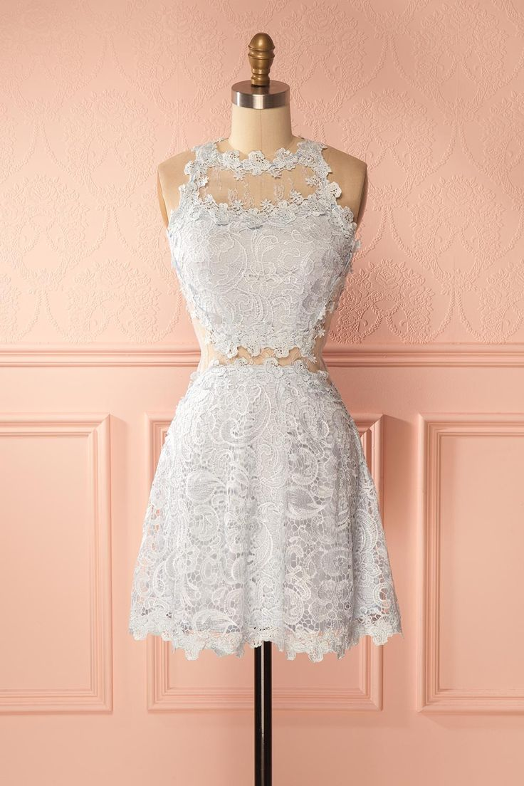 Alodie Bleue #boutique1861 / This magnificent lace dress accentuated of delicate mesh cut-outs will surely make you feel stunning. Whether you are a guest at a summer wedding or you have a romantic rendez-vous, this dress will never cease to impress!