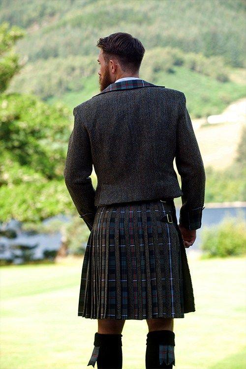 ༺✿༺ Siobhan Mackenzie kilts, made in Scotland.