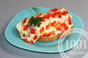 Горячие бутерброды с сосиской и сладким перцем
