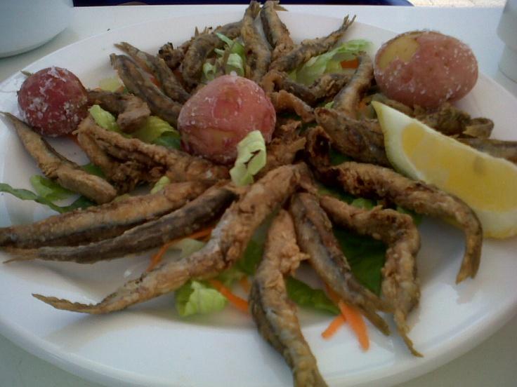 Boquerones fritos (anchovies fried)