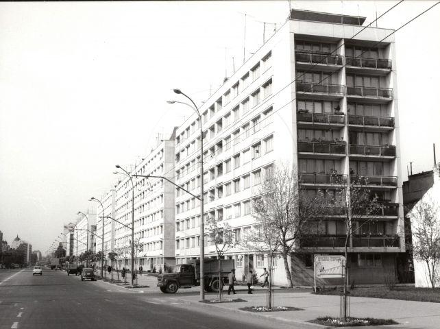 1966 Magistrala Nord Sud, devenita ulterior Dimitrie Cantemir in 1974