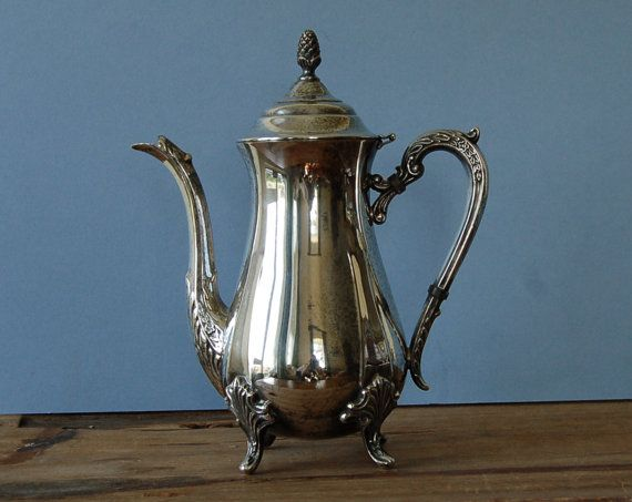Large silver plated coffee pot with acorn finial by nancyplage, £32.00