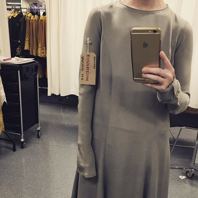 I need a new old grey sack dress!! Anastasia fittings are in full swing... Incredible costumes 😍