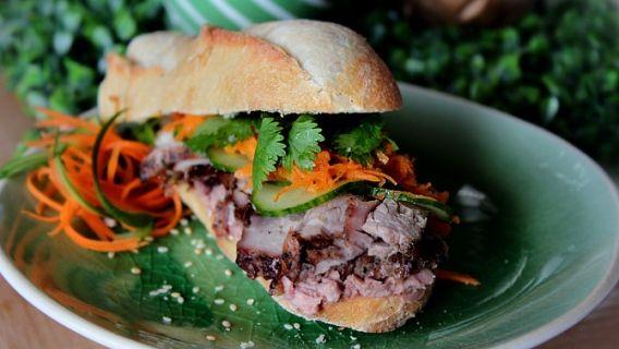 Sandwich vietnamien au porc mariné!