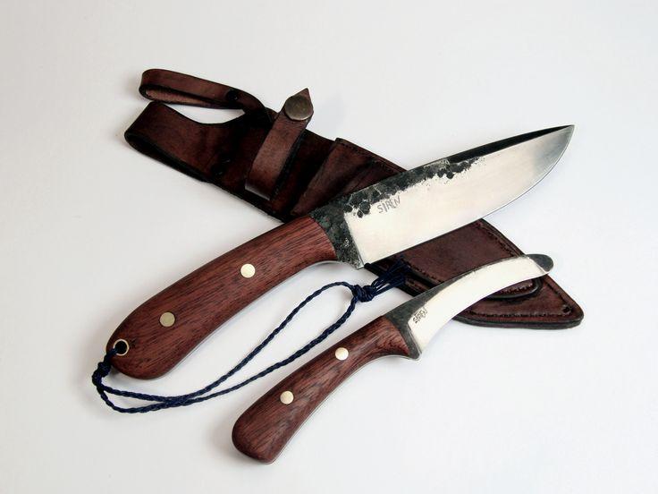 kovaný lovecký nůž s párákem