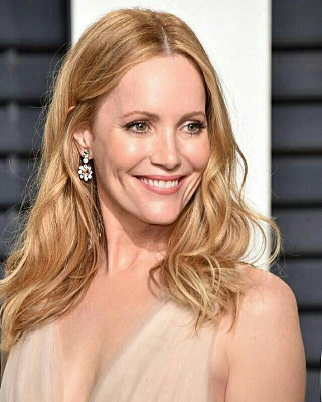 Leslie Mann as Pamela Perry, The Blondes of Bel Air